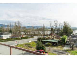 """Photo 17: 312 33599 2ND Avenue in Mission: Mission BC Condo for sale in """"Stave Lake Landing"""" : MLS®# R2441146"""
