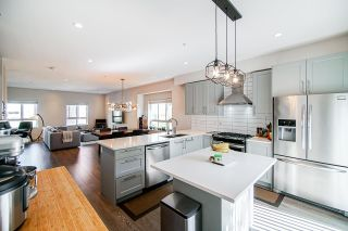 "Photo 4: 1 843 EWEN Avenue in New Westminster: Queensborough Townhouse for sale in ""EWEN"" : MLS®# R2494169"