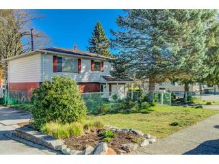 Photo 3: 15387 20A Avenue in Surrey: King George Corridor House for sale (South Surrey White Rock)  : MLS®# R2557247