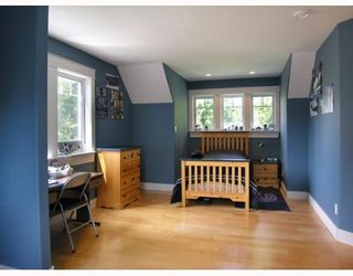 Photo 7: 1106 SUNNYSIDE Road in Gibsons: Gibsons & Area House for sale (Sunshine Coast)  : MLS®# V644175