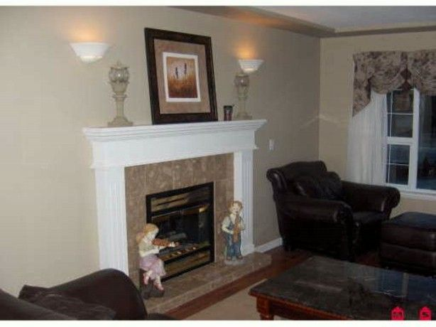 """Photo 6: Photos: 20446 98TH Avenue in Langley: Walnut Grove House for sale in """"DERBY HILL"""" : MLS®# F1314610"""