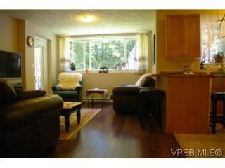 Photo 16: 3342 Sewell Rd in VICTORIA: Co Triangle House for sale (Colwood)  : MLS®# 550573