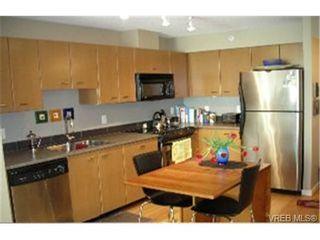 Photo 2:  in : Vi Downtown Condo for sale (Victoria)  : MLS®# 462857