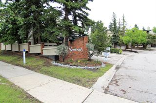 Photo 2: 14 448 Strathcona Drive SW in Calgary: Strathcona Park Row/Townhouse for sale : MLS®# A1062533