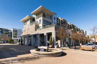 Photo 3: 306 15775 CROYDON Drive in Surrey: Grandview Surrey Condo for sale (South Surrey White Rock)  : MLS®# R2258973