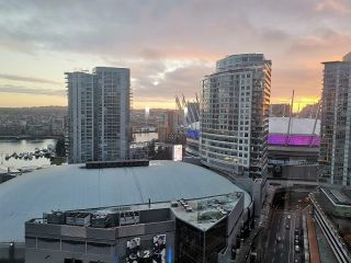 Photo 2: 2707 689 ABBOTT STREET in Vancouver: Downtown VW Condo for sale (Vancouver West)  : MLS®# R2519948