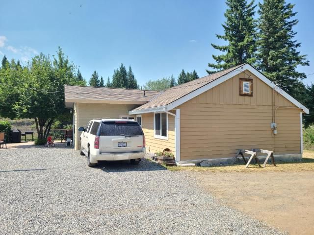 Main Photo: 1556 CHASM ROAD: Clinton House for sale (North West)  : MLS®# 163501