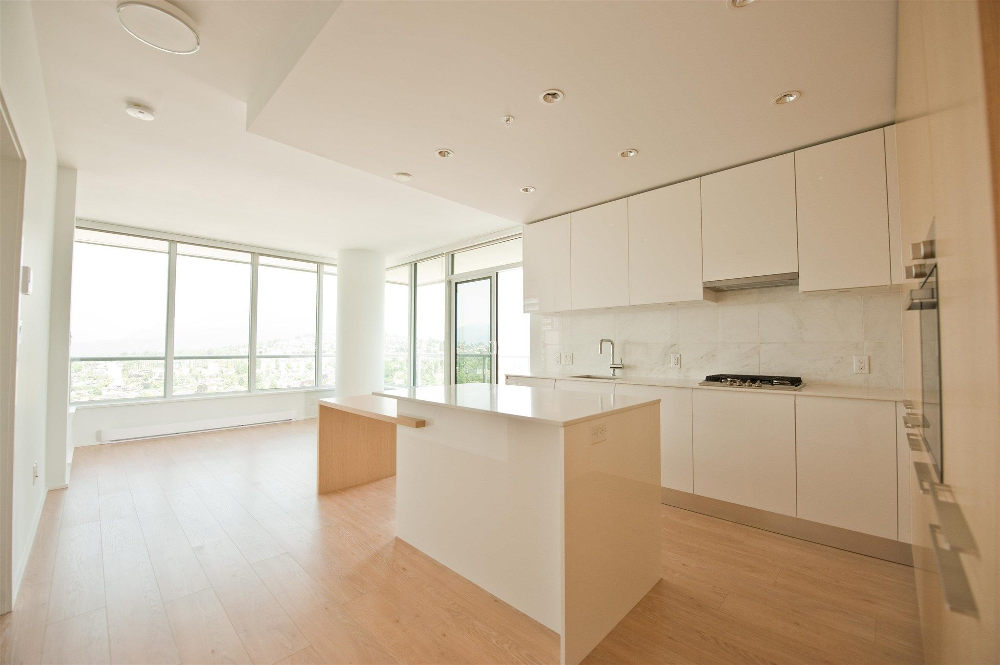 """Main Photo: 2712 1955 ALPHA Way in Burnaby: Brentwood Park Condo for sale in """"Amazing Brentwood Tower 2"""" (Burnaby North)  : MLS®# R2601723"""