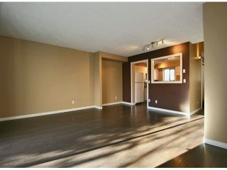 """Photo 3: 63 6645 138TH Street in Surrey: East Newton Townhouse for sale in """"HYLAND CREEK ESTATES"""" : MLS®# F1402091"""