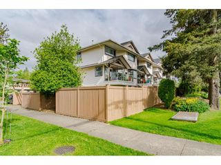 "Photo 2: 7 19991 53A Avenue in Langley: Langley City Condo for sale in ""CATHERINE COURT"" : MLS®# R2456419"