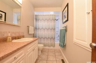 Photo 13: 61 Cardinal Crescent in Regina: Whitmore Park Residential for sale : MLS®# SK803312