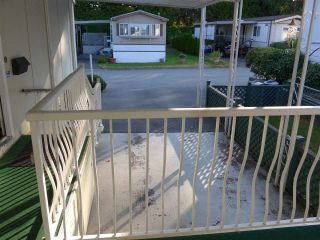 """Photo 19: 29 2120 KING GEORGE Boulevard in Surrey: King George Corridor Manufactured Home for sale in """"Five Oaks Park"""" (South Surrey White Rock)  : MLS®# R2485760"""