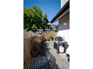 """Photo 10: 101 11724 225TH Street in Maple Ridge: East Central Condo for sale in """"ROYAL TERRACE"""" : MLS®# V971774"""