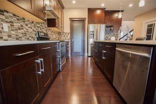 Photo 4: 1084 ARMITAGE Crescent in Edmonton: Zone 56 House for sale : MLS®# E4236912