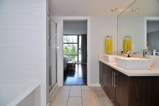 "Photo 14: 411 1225 RICHARDS Street in Vancouver: Yaletown Condo for sale in ""Eden"" (Vancouver West)  : MLS®# V1052342"