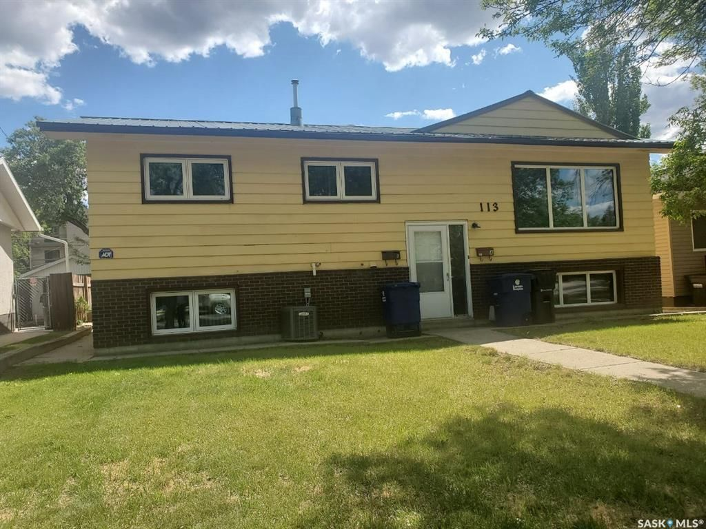 Main Photo: 113 A & B 112th Street West in Saskatoon: Sutherland Residential for sale : MLS®# SK854946