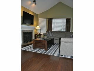 """Photo 2: # 86 18883 65TH AV in Surrey: Cloverdale BC Townhouse for sale in """"Applewood"""" (Cloverdale)  : MLS®# F1402311"""