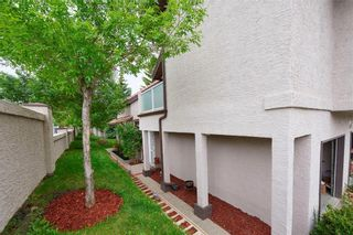 Photo 12: 305 1997 Sirocco Drive SW in Calgary: Signal Hill Row/Townhouse for sale : MLS®# C4303715