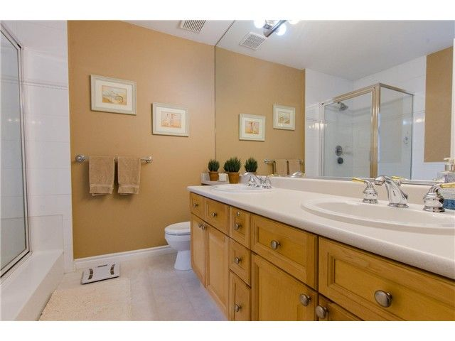 """Photo 13: Photos: 7548 147A Street in Surrey: East Newton House for sale in """"Chimney Heights"""" : MLS®# F1440395"""