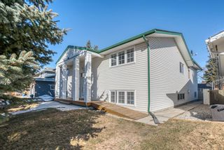 Photo 3: 543 Lake Newell Crescent SE in Calgary: Lake Bonavista Detached for sale : MLS®# A1081450