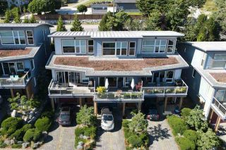 Photo 32: 5384 WAKEFIELD BEACH LANE in Sechelt: Sechelt District Townhouse for sale (Sunshine Coast)  : MLS®# R2470728