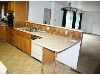 Photo 3: 10051 HELEN DR in Surrey: Cedar Hills House for sale (North Surrey)  : MLS®# F1401030