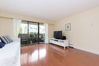 """Photo 3: 214 436 SEVENTH Street in New Westminster: Uptown NW Condo for sale in """"Regency Court"""" : MLS®# R2289839"""