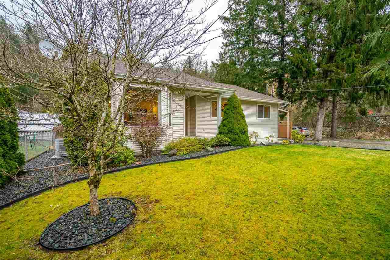 Main Photo: 50751 MOUNTVIEW Road in Chilliwack: Chilliwack River Valley House for sale (Sardis)  : MLS®# R2441676