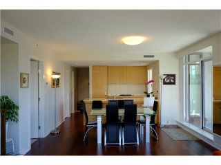 Photo 8: 501 5955 BALSAM Street in Vancouver: Kerrisdale Condo  (Vancouver West)  : MLS®# V1115294