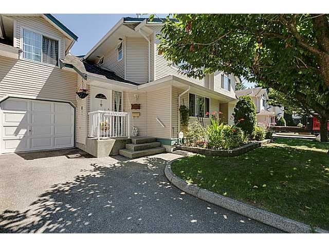 """Main Photo: 2 19252 119TH Avenue in Pitt Meadows: Central Meadows Townhouse for sale in """"WILLOW PARK"""" : MLS®# V1074542"""