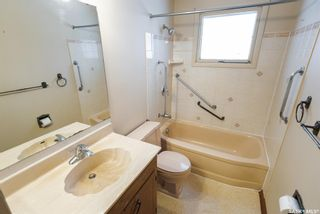 Photo 14: 59 Dolphin Bay in Regina: Whitmore Park Residential for sale : MLS®# SK844974