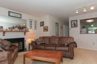 """Photo 6: 20 22411 124 Avenue in Maple Ridge: East Central Townhouse for sale in """"CREEKSIDE VILLAGE"""" : MLS®# R2177898"""