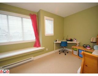 """Photo 8: 16580 60A Avenue in Surrey: Cloverdale BC House for sale in """"VISTAS"""" (Cloverdale)  : MLS®# F1000531"""