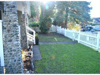"""Photo 3: 2694 MCBRIDE Avenue in Surrey: Crescent Bch Ocean Pk. House for sale in """"CRESCENT BEACH"""" (South Surrey White Rock)  : MLS®# F1427486"""
