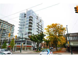 """Photo 1: 401 2550 SPRUCE Street in Vancouver: Fairview VW Condo for sale in """"SPRUCE"""" (Vancouver West)  : MLS®# V1032685"""