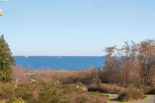 Photo 1: 404 3223 Selleck Way in VICTORIA: Co Lagoon Condo for sale (Colwood)  : MLS®# 835790
