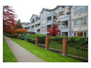 """Photo 2: 107 7326 ANTRIM Avenue in Burnaby: Metrotown Condo for sale in """"SOVEREIGN MANOR"""" (Burnaby South)  : MLS®# V857785"""