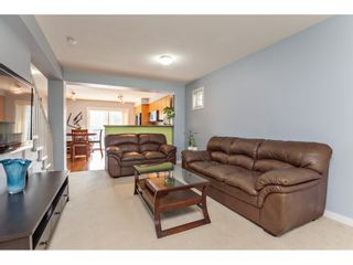 """Photo 10: 42 4401 BLAUSON Boulevard in Abbotsford: Abbotsford East Townhouse for sale in """"The Sage"""" : MLS®# R2554193"""