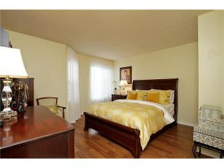 """Photo 10: 202 1378 FIR Street: White Rock Condo for sale in """"CHATSWORTH MANOR"""" (South Surrey White Rock)  : MLS®# F1434479"""