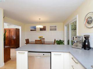 Photo 8: 1321 Pembroke St in VICTORIA: Vi Fernwood Half Duplex for sale (Victoria)  : MLS®# 800491