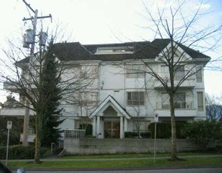 "Photo 1: 751 CHESTERFIELD Ave in North Vancouver: Central Lonsdale Condo for sale in ""NINE GABLES"" : MLS®# V628402"