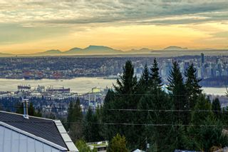 Photo 3: 1040 CRESTLINE Road in West Vancouver: British Properties House for sale : MLS®# R2615253