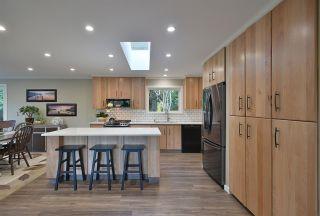 Photo 8: 5551 WAKEFIELD Road in Sechelt: Sechelt District House for sale (Sunshine Coast)  : MLS®# R2420714