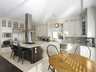 Photo 9: 2136 W 51ST Avenue in Vancouver: S.W. Marine House for sale (Vancouver West)  : MLS®# R2467967