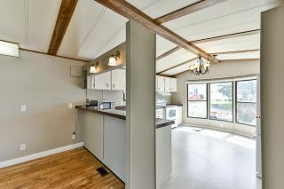 """Photo 7: 21 2035 MARTENS Street in Abbotsford: Poplar Manufactured Home for sale in """"Maplewood estates"""" : MLS®# R2368618"""