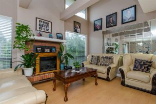 """Photo 6: 10 33951 MARSHALL Road in Abbotsford: Central Abbotsford Townhouse for sale in """"Arrowwood Village"""" : MLS®# R2319685"""