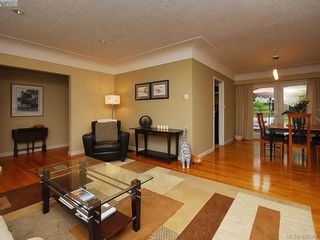 Photo 6: 1011 Gosper Cres in VICTORIA: Es Kinsmen Park House for sale (Esquimalt)  : MLS®# 584592