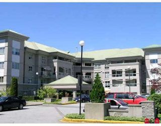 """Photo 1: 102 10533 134TH Street in Surrey: Whalley Condo for sale in """"The Parkview"""" (North Surrey)  : MLS®# F2717336"""