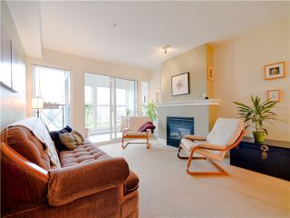 Photo 3: 203 3637 W 17TH Avenue in Vancouver: Dunbar Condo for sale (Vancouver West)