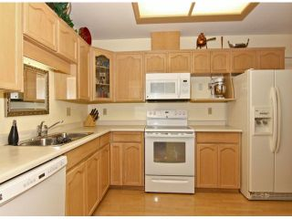 """Photo 5: 412 19645 64TH Avenue in Langley: Willoughby Heights Townhouse for sale in """"Highgate Terrace"""" : MLS®# F1325076"""